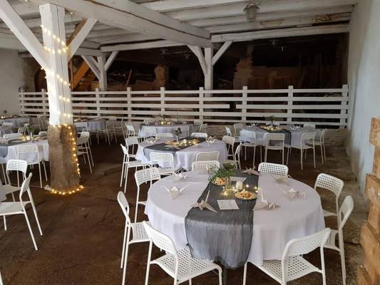 svatební stůl kulatý