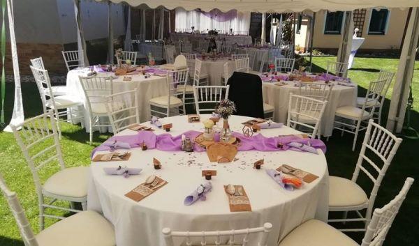 party nabytek na svatbu